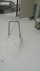 20140111駐車場の雪寄せ1