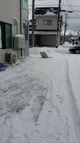 20140112お店横駐車場の雪寄せ3