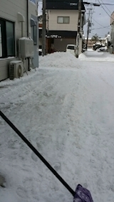 20140113お店横駐車場の雪寄せ