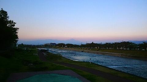 20150429宮橋から会津磐梯山を望む1