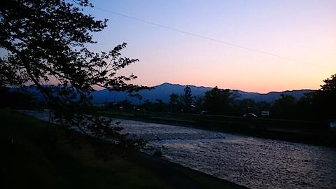 20150429宮橋から明神ケ岳を望む1