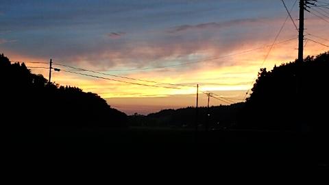 20150716山からの帰り道の様子夕焼け空2