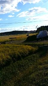 20151007山の入り口の様子稲刈り1