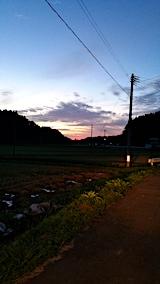 20161001山からの帰り道の様子夕焼け空