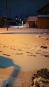 20161207駐車場の雪寄せ前