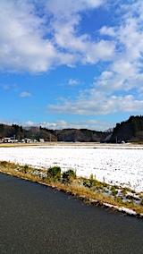 20161208山へ向かう途中の様子田んぼ2