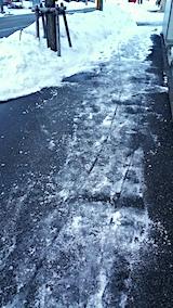 20170219外の様子夕方歩道の雪寄せ