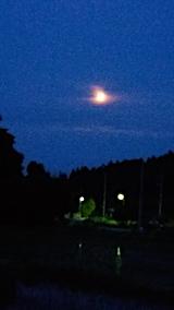 20170609山の入り口からお月さまを望む3