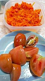 20170715お昼ご飯トマトとニンジンのシリシリ