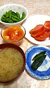 20170817晩ご飯みそ汁と野菜