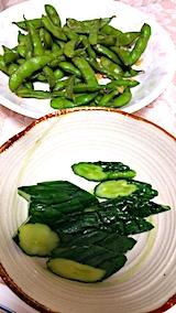20170818お昼ご飯枝豆とキュウリ