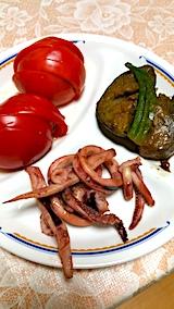 20170915晩ご飯トマトとナス・オクラの揚げものそしてイカの煮つけ