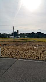 20171001山へ向かう途中の様子田んぼ稲刈り1