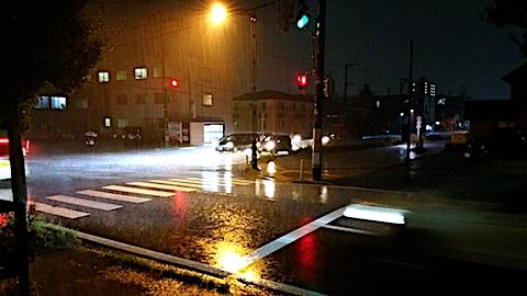 20171011外の様子夕方大雨2