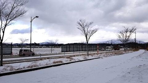 20171213外の様子昼前太平山1
