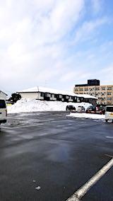 20180209スーパー駐車場内の雪山2