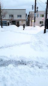 20180213雪寄せ前の様子朝向かいの駐車場3