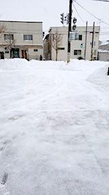 20180213雪寄せ後の様子朝向かいの駐車場3
