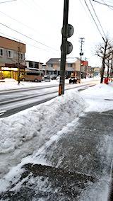 20180215外の様子夕方雪が降り凍り始める1