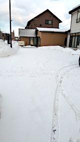 20180216向かい駐車場の雪寄せ前の様子朝2