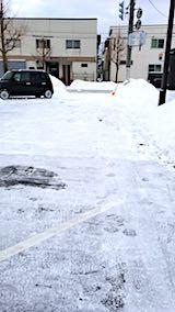 20180216向かい駐車場の雪寄せ後の様子朝3