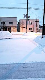 20180218向かい駐車場の雪寄せ前の様子朝3