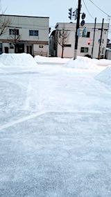 20180218向かい駐車場の雪寄せ後の様子朝3