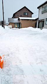 20180218向かい駐車場の雪寄せ後の様子朝2