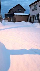 20180219向かい駐車場の雪寄せ前の様子朝2