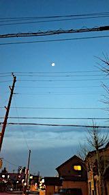 20180420外の様子夕方お月さま
