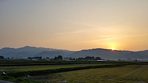 20180501外の様子夕方明神ケ岳1