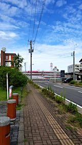 20180701速歩途中の公園から望む秋田新幹線こまち号