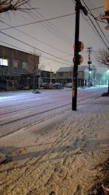 20181213外の様子夜遅く雪が降り続く2