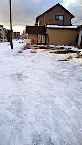 20190107雪寄せ後の駐車場
