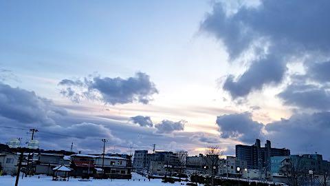 20190107速歩途中の公園高台から望んだ南西の空