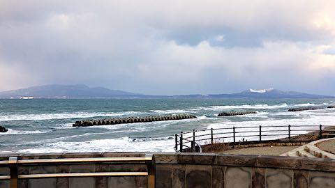 20190111日本海と男鹿半島を望む3