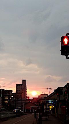 20190314外の様子夕方夕日1