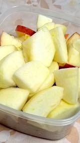 20190320デザート皮付きリンゴ