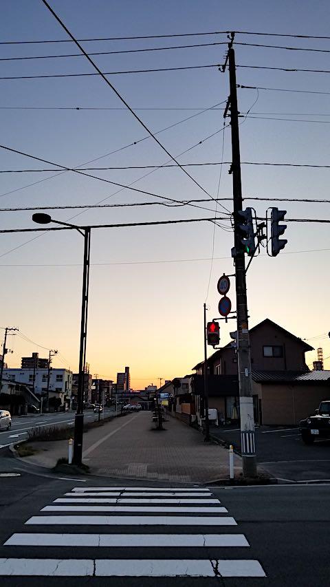 20190411外の様子夕方夕焼け空