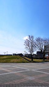 20190412速歩へ向かった公園と南西の空