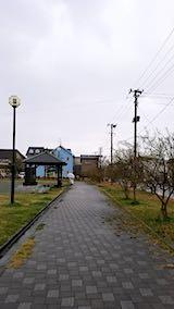 20190415速歩途中の公園と南の空