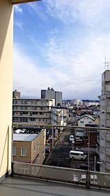 20200123外の様子昼前病院の窓から眺めた東の空