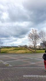 20200405速歩へ向かった公園と南西の空