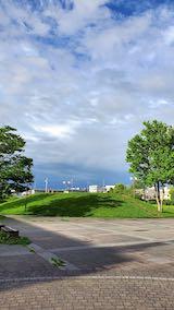20200715速歩へ向かった公園内と南西の空
