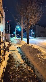 20210131外の様子夕方歩道と東大通り1
