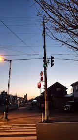 20210411外の様子夕方東の空淡い夕焼け空