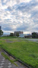 20210905速歩途中の公園内から北の空を望む