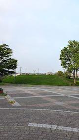 20210910速歩へ向かった公園内と南西の空