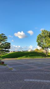 20210913速歩へ向かった公園内と南西の空