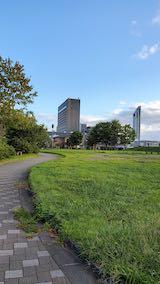 20210913速歩途中の公園内と北の空